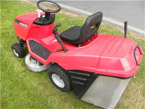 Used Honda Hf2113h Lawn Tractor With Collector Honda Engine