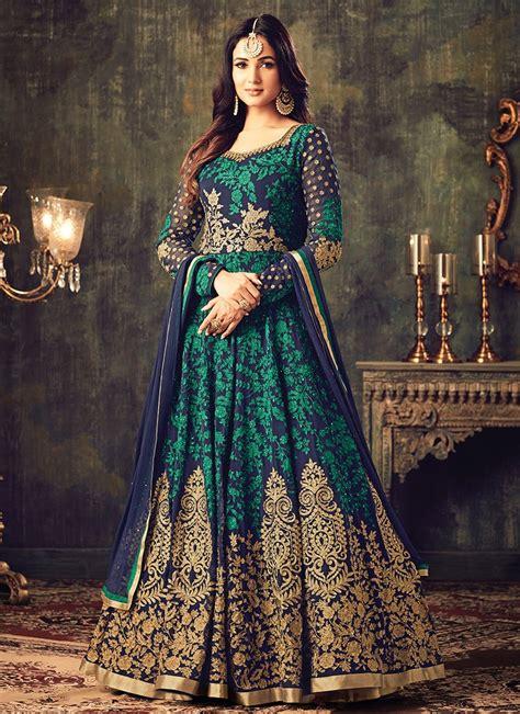 Latest Pakistani Indian Salwar Kameez Designs u0026 Trends 2018-2019