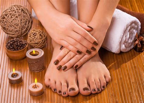 Gift Voucher Card For Beauty Salons, Nail Technicians