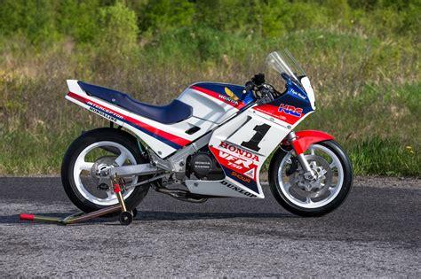 flyin merkel honda vfr750 superbike by db customs bikebound