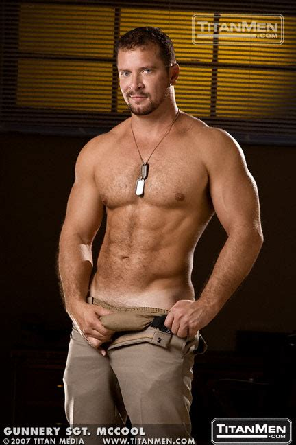 Hot Beefy Muscle Bear Vinnie Dangelo Hairy Guys In Gay Porn