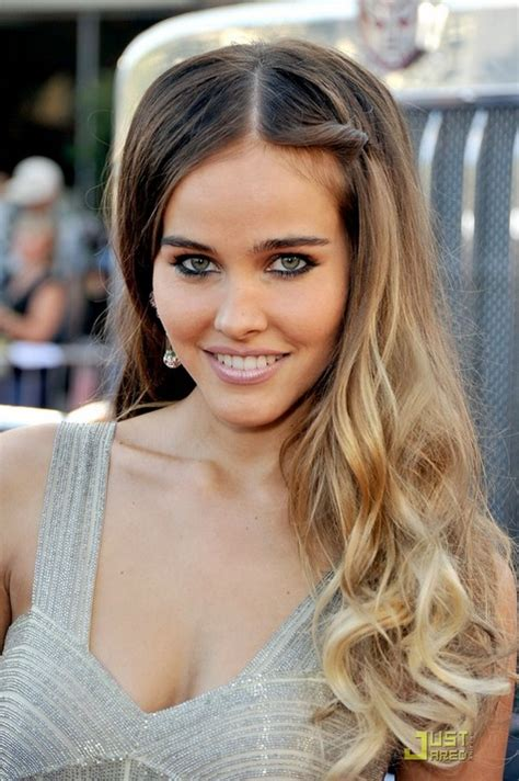 long ombre hair flirty long waves   side ombre isabel lucas hairstyle hairstyles weekly