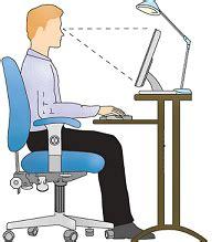 position ergonomique au bureau l 39 ergonomie contre les douleurs au bureau le manageur