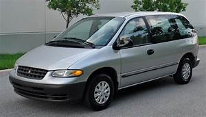 1999 Plymouth Voyager - Information And Photos