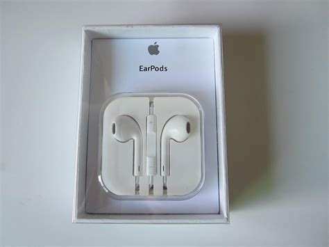 casing iphone 5 custom identify the original and apple earpods differences