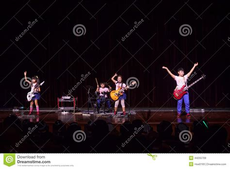 kid rock fan club kids rock band editorial stock image image 44255709
