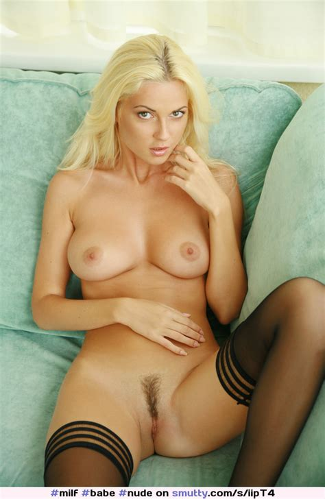 Milf Babe Nude Stockings Tits Blonde Pussy