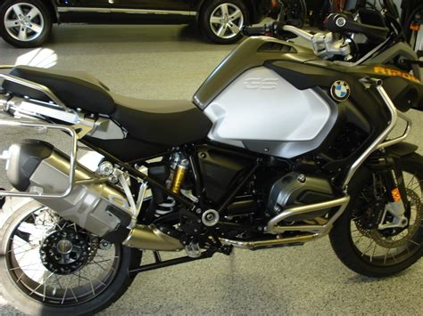 Bmw Touring Motorcycle by 20 900 2015 Bmw R 1200 Gs Adventure Touring