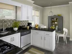 decoracion cocinas chicas en 50 ideas increibles With kitchen cabinet trends 2018 combined with joker canvas wall art