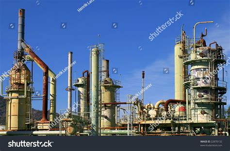 refinery oil abandoned california ventura shutterstock