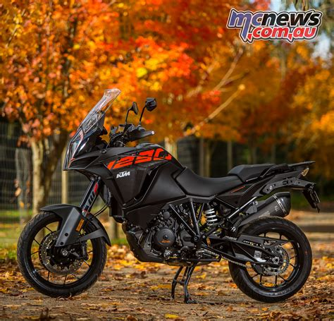 ktm adventure s 2017 ktm adventure models reviewed 1290 1090 mcnews au