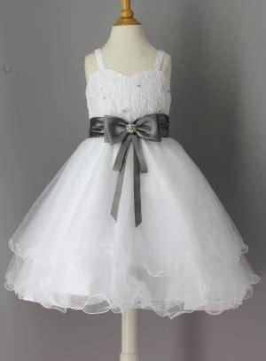 robe grise et fushia pour mariage robe enfant pour mariage avec ceinture fushia grise
