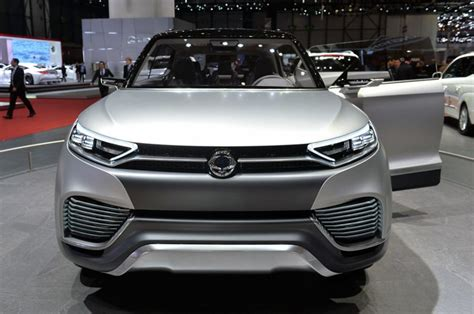 SsangYong XLV Concept Unveiled - Cars.co.za