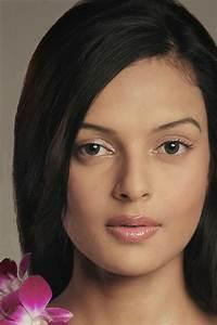 Bidita Bag Wallpapers and Pics - Bollywood Actress and ...  Indian