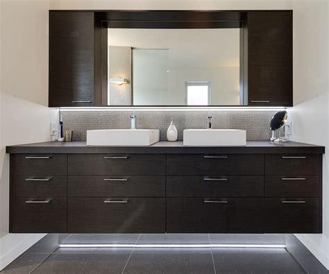 coiffeuse pour chambre salle de bain sur mesure meubles armoires senécal fils
