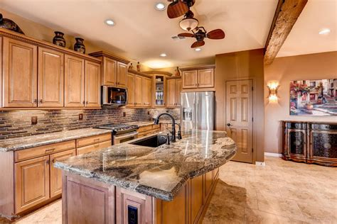 cinnamon kitchen cabinets kitchen bath countertops granite quartz