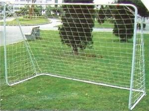 Petit But De Foot : but de foot tubes mtalliques but de foot 2m achat cage de foot en mtal ~ Melissatoandfro.com Idées de Décoration
