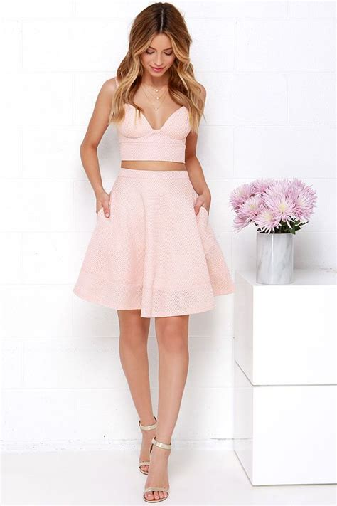 Best 25+ Blush pink dresses ideas on Pinterest | Simple dress styles Pink dresses and Pink ...