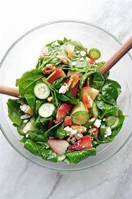 Spinach Strawberry Cucumber Salad