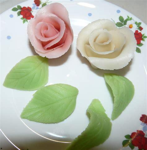 fleurs en pate d amande en p 226 te d amande les plaisirs de ma table