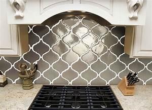 Elegant beveled arabesque tile homesfeed for Beveled arabesque tile backsplash