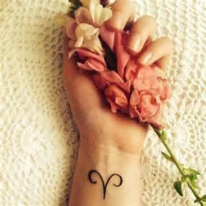 tuto coiffure mariage tatouage signe astrologique bélier symbole quel tatouage se faire selon signe astrologique