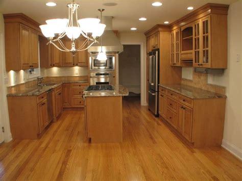 golden oak kitchen cabinets 17 best images about paint ideas for golden oak on 3858