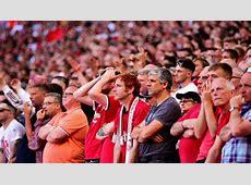 'Total Shambles!' Man Utd Fans React in Anger to Transfer