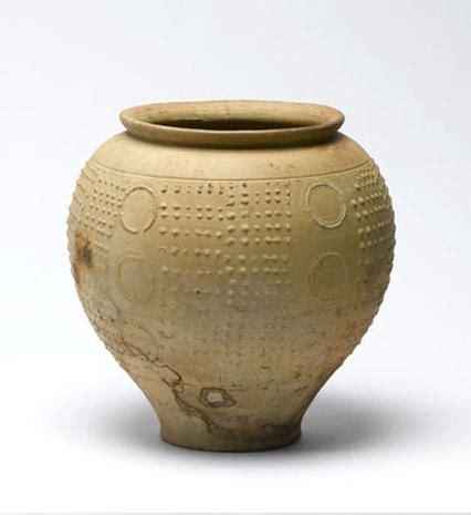 artifacts  londons pompeii   north photo
