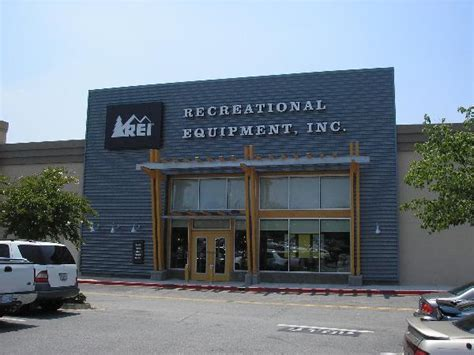 Outdoor Recreation Stores On