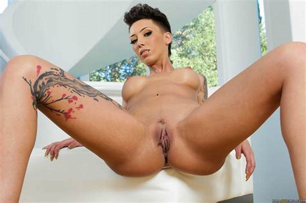 #Tattooed #Brunette #With #Short #Hair #Is #Naked #Photos
