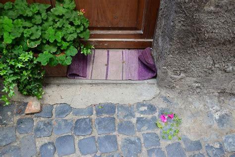 tappeti in gomma per esterno tappeti per esterni modelli e materiali arredo giardino
