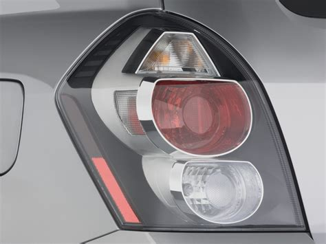 accident recorder 2010 pontiac vibe interior lighting image 2009 pontiac vibe 4 door hb fwd w 1sa tail light size 1024 x 768 type gif posted on