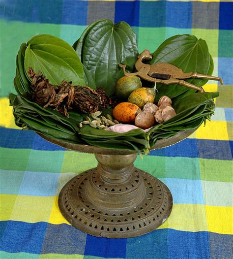 Betel | A traditional tray (Bulath Heppuwa) what holds ...