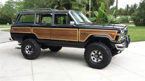 classic jeep wagoneer lifted sell used 1989 jeep grand wagoneer 360 4x4 lifted amazing