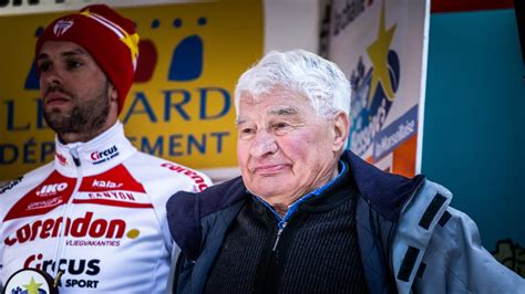 """Frenchman raymond poulidor stood on the tour de france podium eight times without ever wearing the leader's 'maillot jaune', but his dutch grandson van der poel, the son of poulidor's daughter corinne, paid tribute to his grandfather 45 years after the late rider took part in his 14th and final tour. """"Tu es mon plus grand champion"""": le joli message du petit ..."""