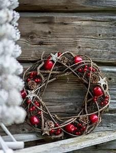 Weihnachtsdeko Aus Holz Basteln : 106 atemberaubende adventskranz ideen ~ Whattoseeinmadrid.com Haus und Dekorationen