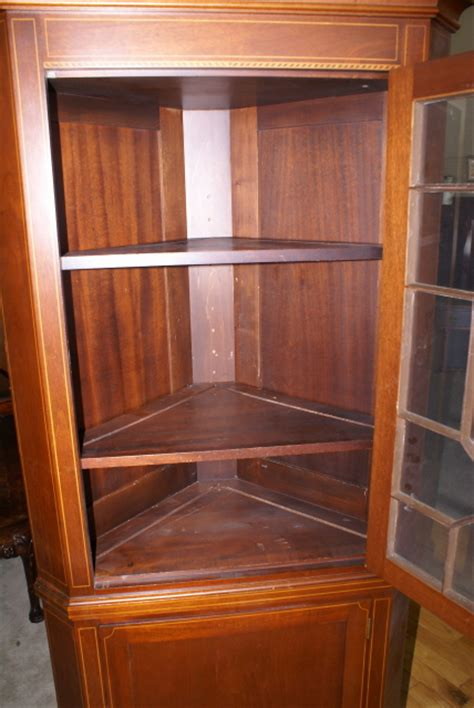 Pair of Biggs furniture solid mahogany inlaid tall corner