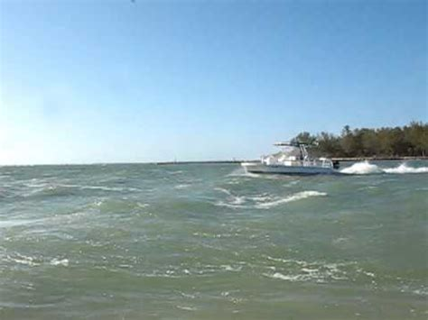 Trimaran Pontoon by Catamaran Coaches Fiberglass Trimaran Pontoon Boat