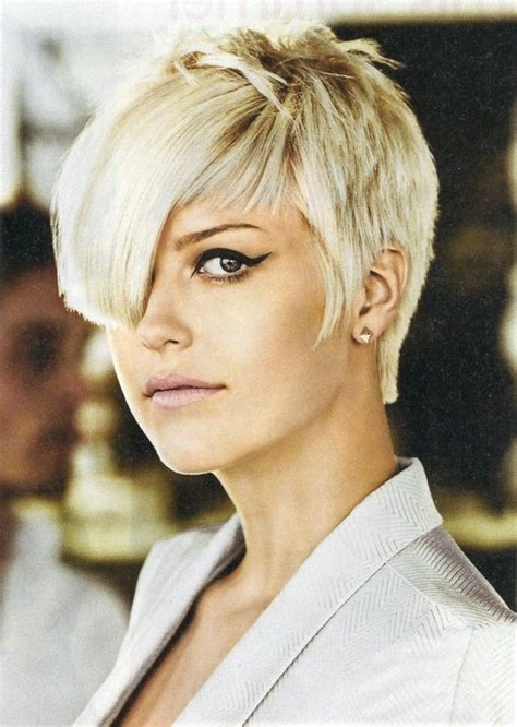 Edgy Pixie Hairstyles by Best 20 Edgy Pixie Haircuts Ideas On Edgy