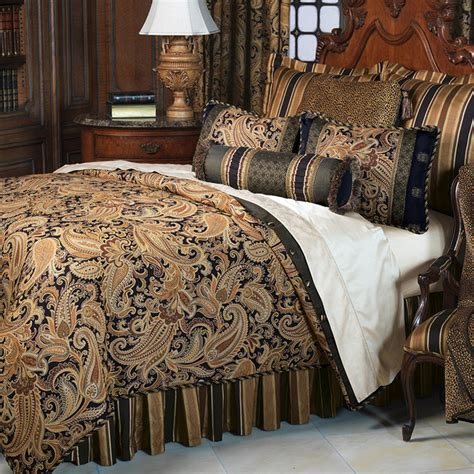 Frontgate Bed by Langdon Comforter Button Tufted