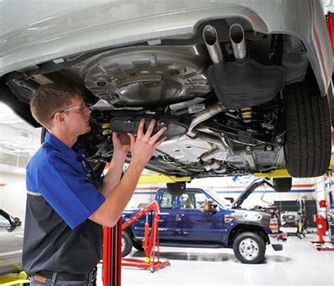 What Can I Study At Car Mechanic School?
