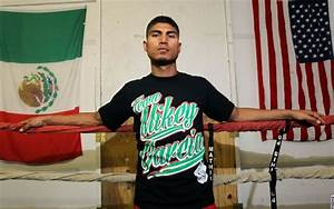 Photos: Mikey Garcia, Roman Martinez Media Workouts ...