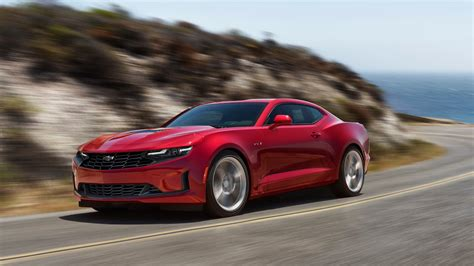 2020 Chevy Camaro Ss Wallpaper by 2020 Chevrolet Camaro 6 Things You Need To Motortrend