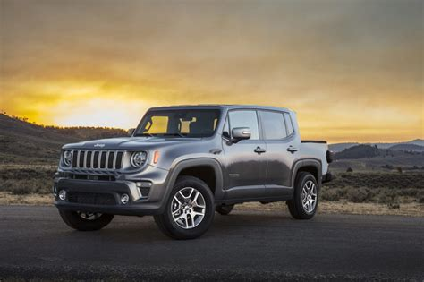 jeep renegade pickup truck pick mini looks monster based fetched gladiator anything far days rendering ford they carscoops