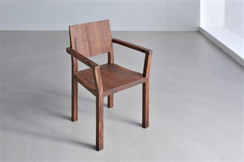 Stuhl Mit Armlehne Holz by Massivholz Stuhl Mit Armlehne Strahlend Stuhl Mit