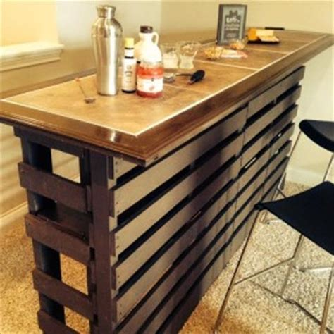 Beautiful DIY Pallet Indoor Bar And Wine Rack   Pallets Designs