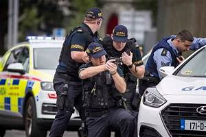 Dramatic scenes as armed gardai carry out unprecedented ...