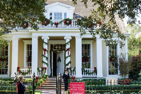 Luna Fete, Holiday Home Tours, And More