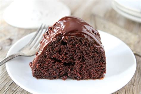 chocolate sour cream bundt cake chocolate bundt cake